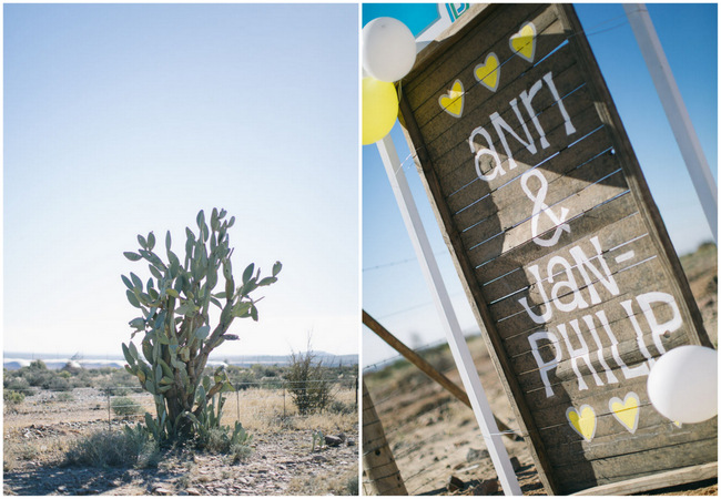 Welcome to our wedding // Beautiful Gray and Yellow Winter Wedding / Jenni Elizabeth Photography