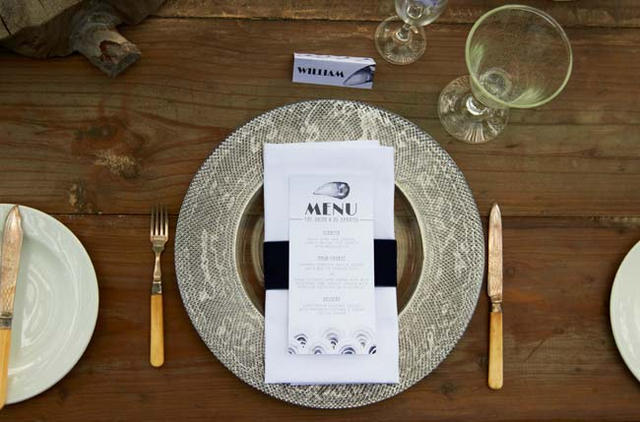 Place setting // Navy Blue Beach Wedding