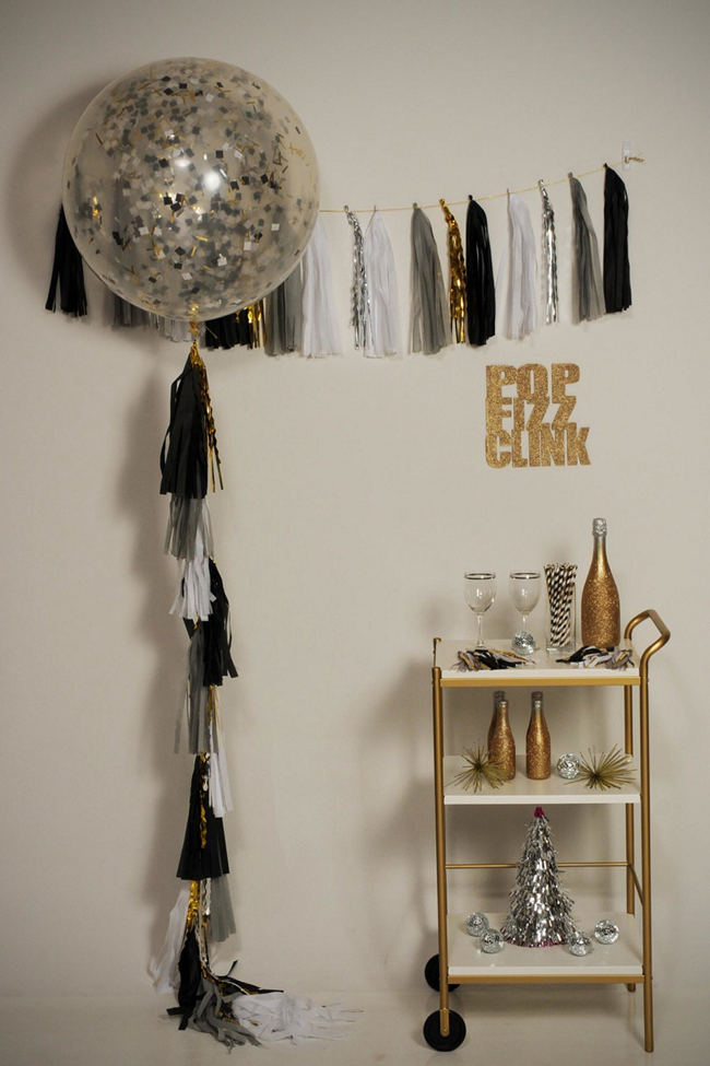 DIY New Years Party Ideas Gold (8)