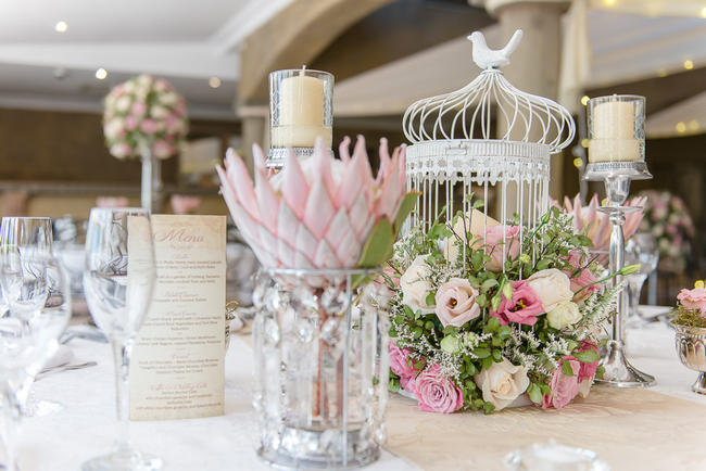 Wedding Table Gift Ideas South Africa : Pink, blush and cream wedding reception table details with stunning ...