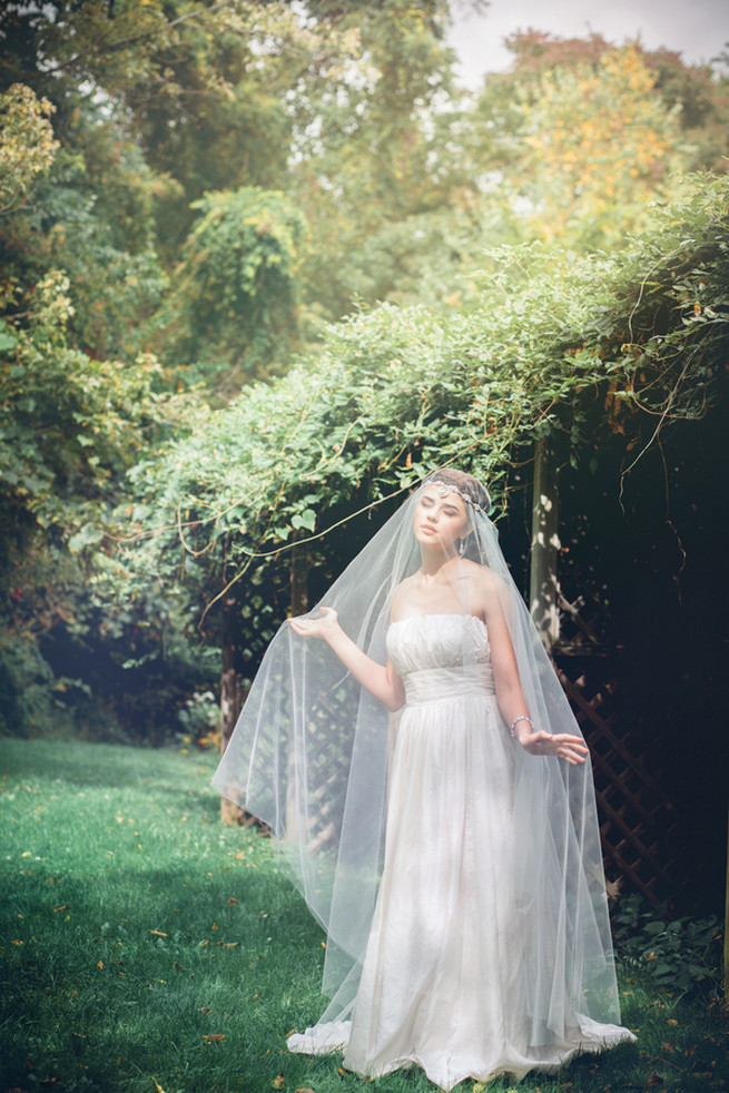 Bohemian wedding jewelry by edera jewelry la candella pearl and lace headband with urban veils couture luxe handcrafted heirloom wedding jewelry by junglespirit Image collections