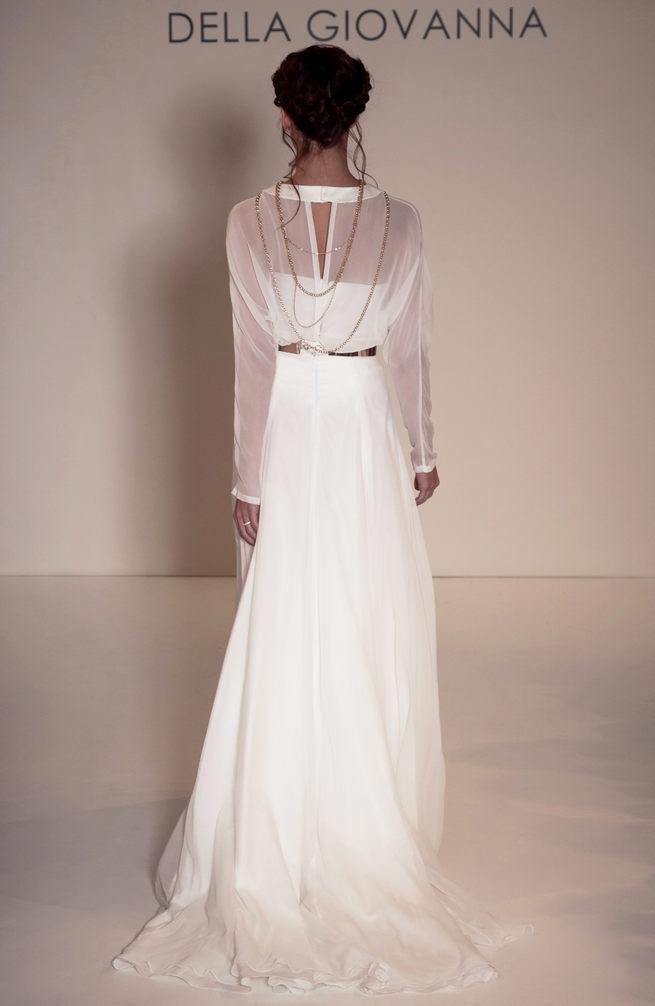Sweetheart neckline and long chiffon sleeves: Della Giovanna Wedding Dresses 2015