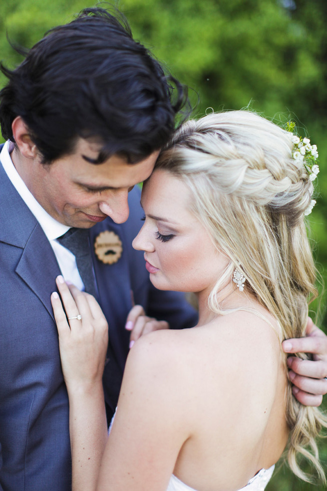 Wedding hairstyle half up half down. Groom in grey suit with grey tie. Green White Rustic South African Wedding // Justin Davis Photography