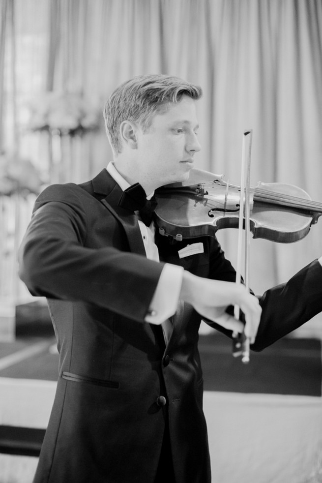 Glamorous Gatsby Inspired Wedding (55)