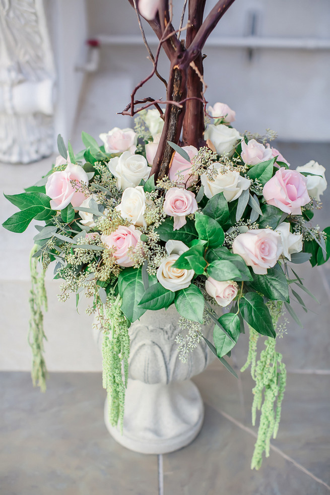 Pink and cream wedding ceremony roses // Modern Romance: Pink and Silver Wedding // Jessica Q Photography