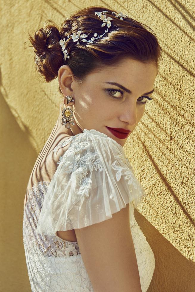 Old Hollywood Glam Wedding Dress (3)