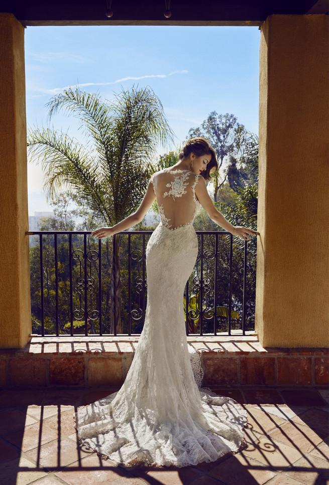 Old Hollywood Glam Wedding Dress (7)