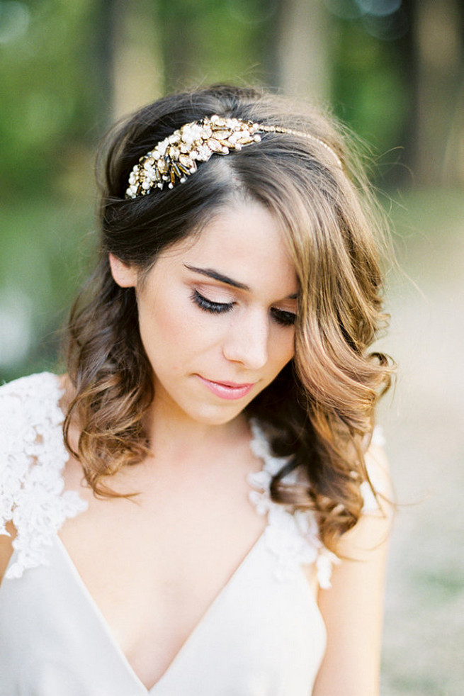 20 Romantic Vintage-Inspired Bridal Hair Styles and Head Pieces!