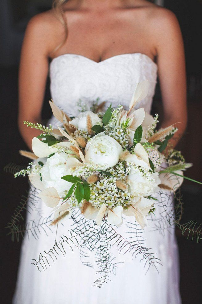 Top ten amazing rustic wedding bouquets! White peony, asparagus ferns, wildflowers,