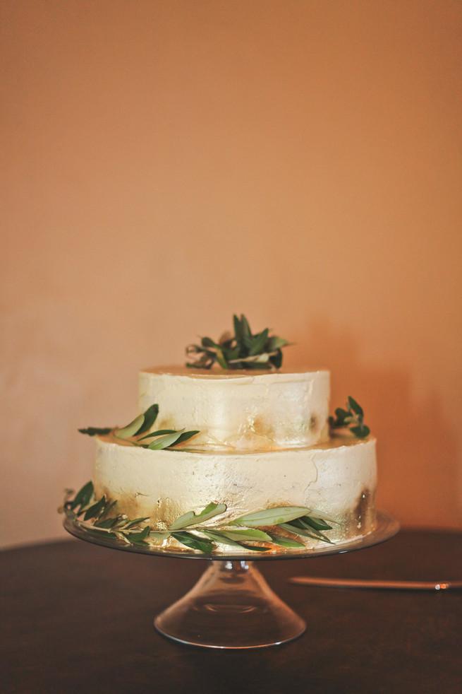 All White Wedding Cakes (23)