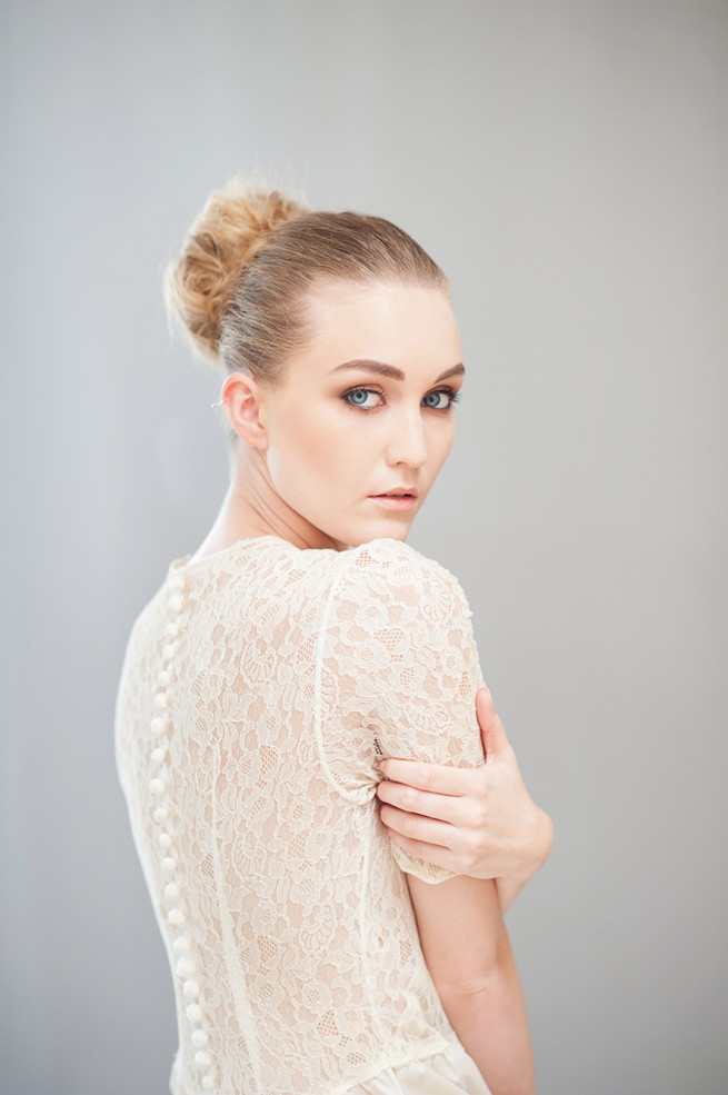 How to make a donut bun. Hair & Make Up Lisa Brown. Photography Samantha du Toit