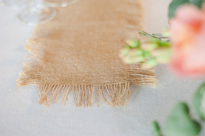 Burlap runner / Coral and Green South African Wedding // D'amor Photography