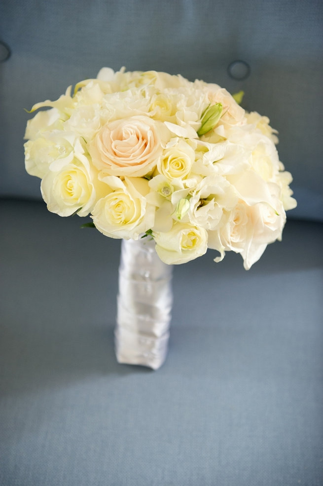 Classic cream rose bouquet / Blush and Gold Romantic, Glitzy Wedding - Andi Diamond Photography