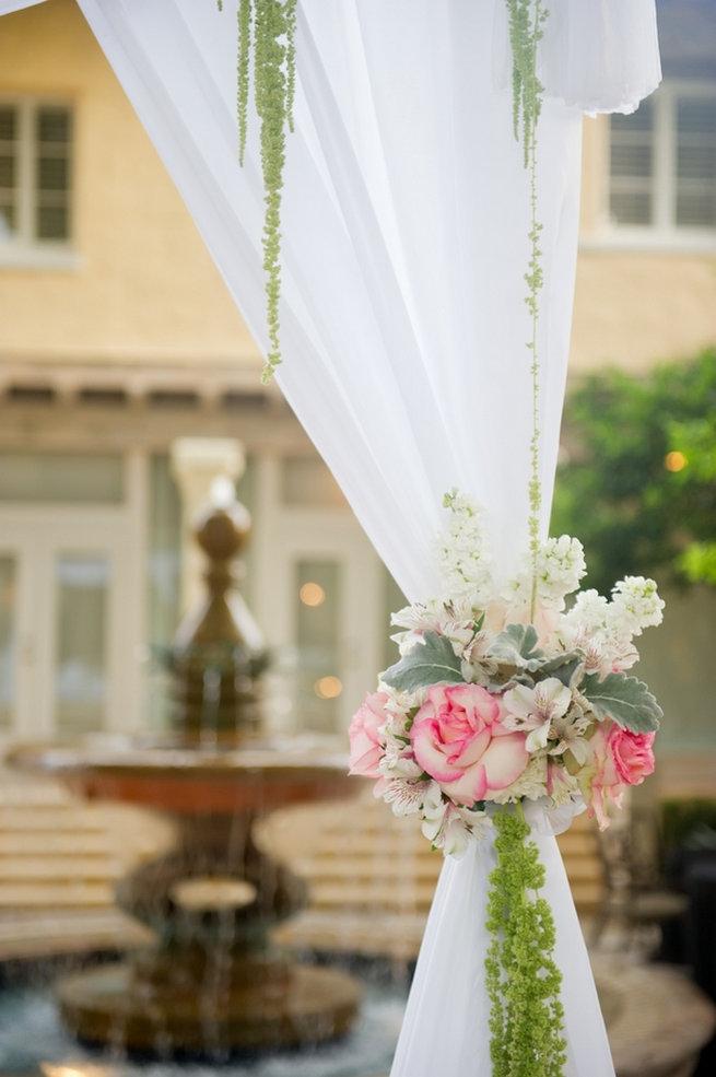 Blush floral detail / Blush and Gold Romantic, Glitzy Wedding - Andi Diamond Photography
