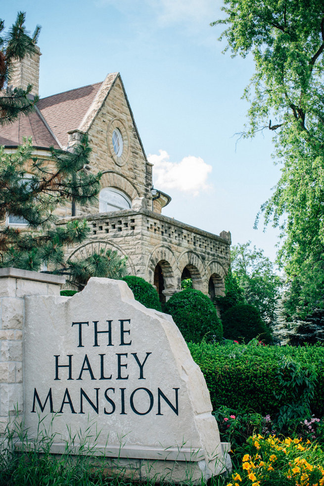 Blush Wedding At Patrick Haley Mansion Chicago Traci And Troy Photography