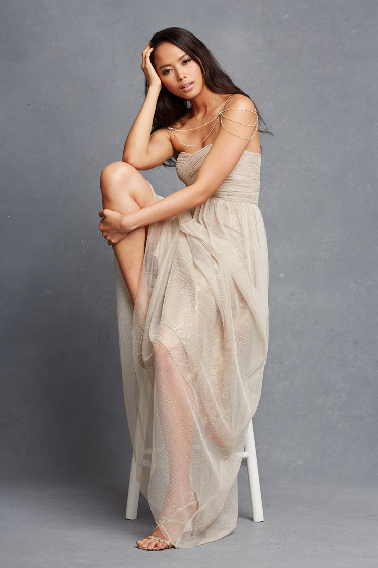 Chic Romantic Bridesmaid Dresses (32)