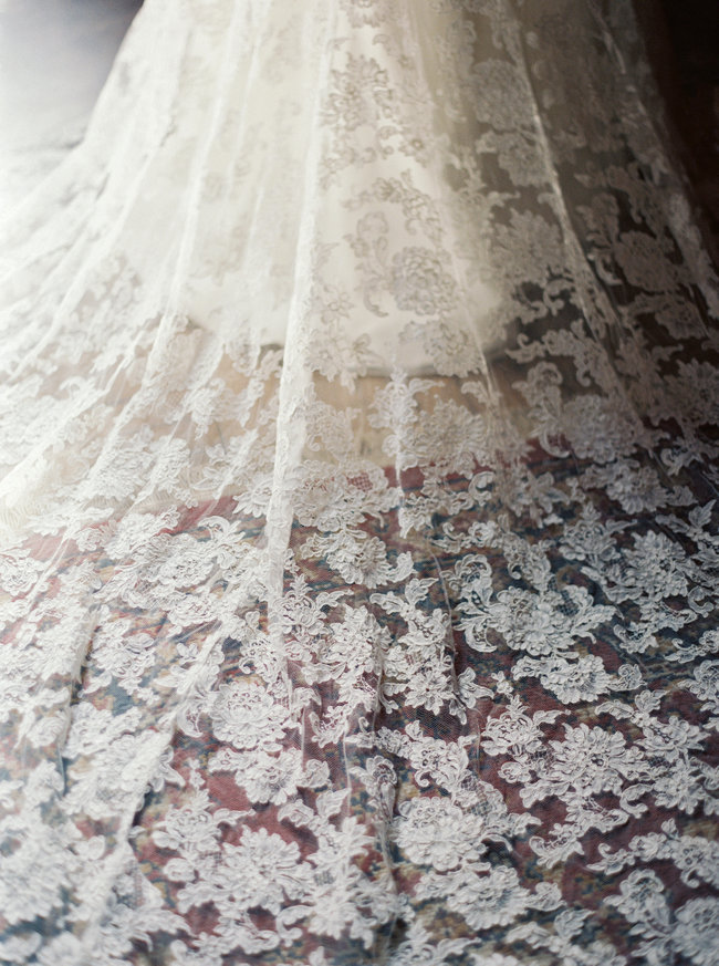 Sareh Nouri Lace Wedding Dress (7)