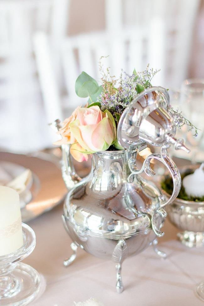 Soft Vintage Pretoria Wedding - Lightburst Photography https://confettidaydreams.com/soft-vintage-pretoria-wedding/