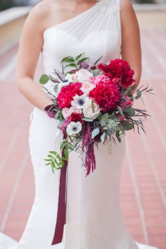 Elegant New Years Wedding Ideas