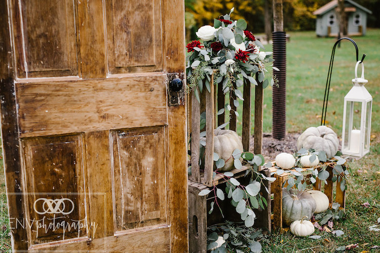 Rustic Fall Barn Wedding in Ohio