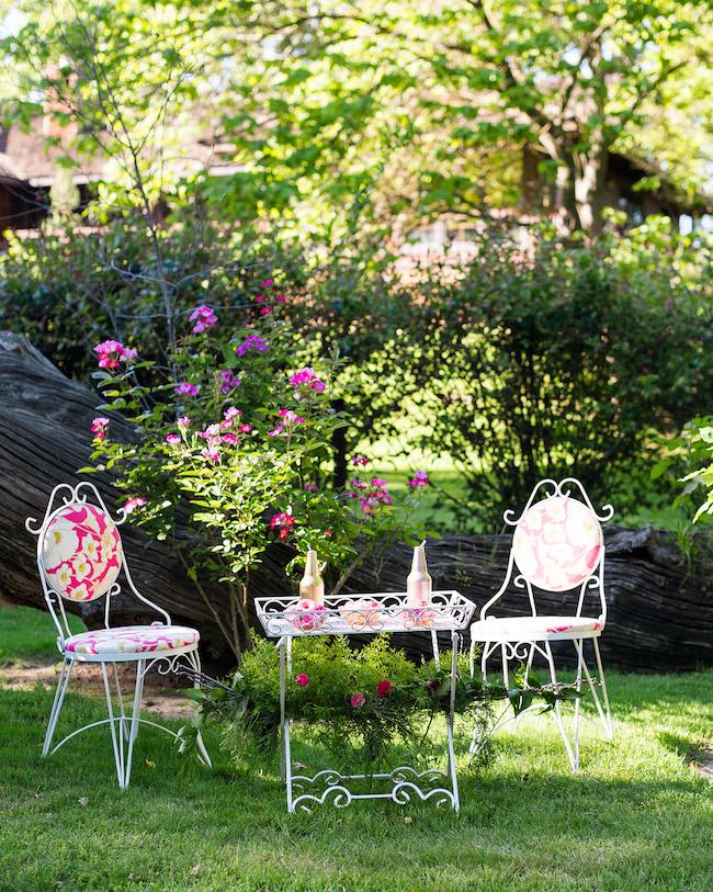 alice in wonderland garden wedding 36 - Alice In Wonderland Garden