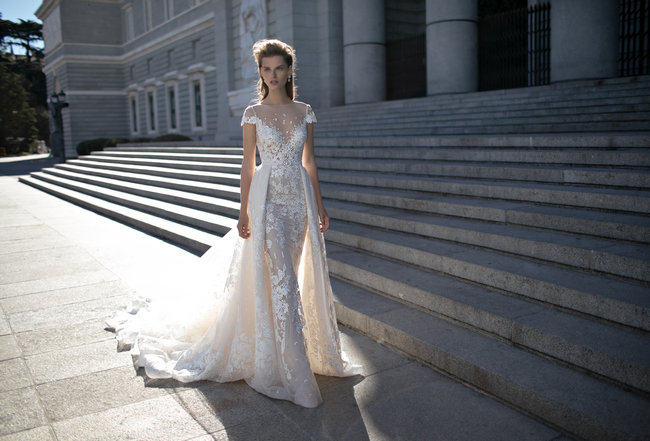 World Exclusive Sneak Preview: Berta 2016 Collection