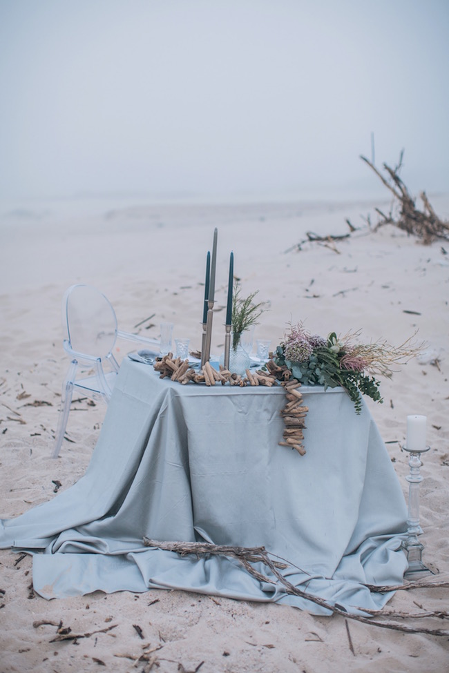blue-and-pewter-beach-wedding-13