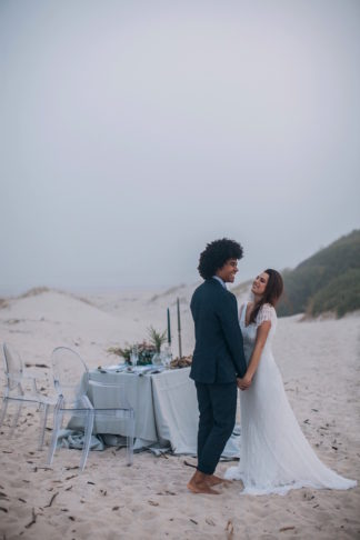 blue-and-pewter-beach-wedding-15