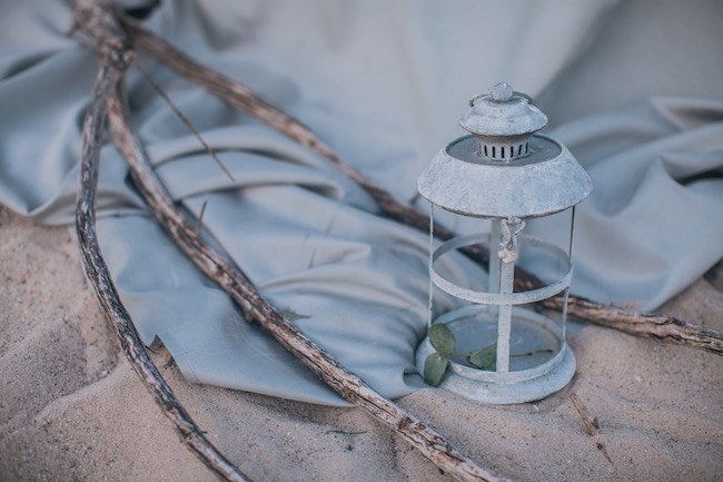 blue-and-pewter-beach-wedding-20