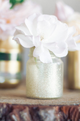 DIY Gold Glitter Bottle Vase 8