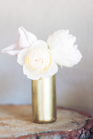 DIY Gold Glitter Bottle Vase Tutorial