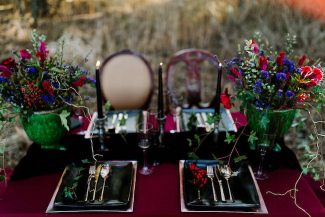 dramatic-black-and-red-forest-wedding-3