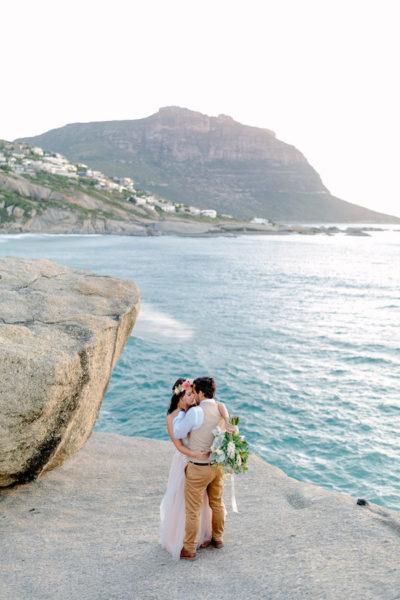 Dreamy Signal Hill + Llandudno Beach Couple Photo Inspiration {Daniel & Hanna Photography}