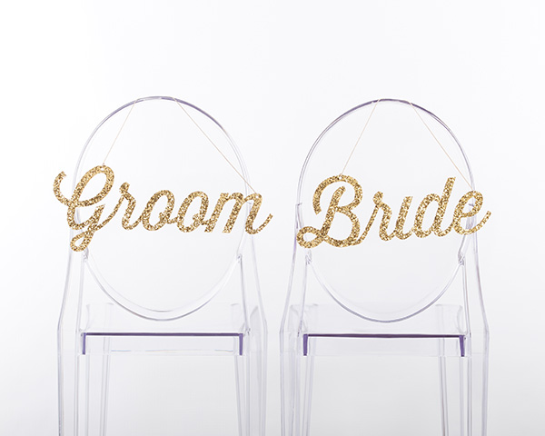 Glitter Mr Mrs Wedding Chair Sign Ideas. See 20 more cute and creative ideas here: https://confettidaydreams.com/mr-and-mrs-signs/