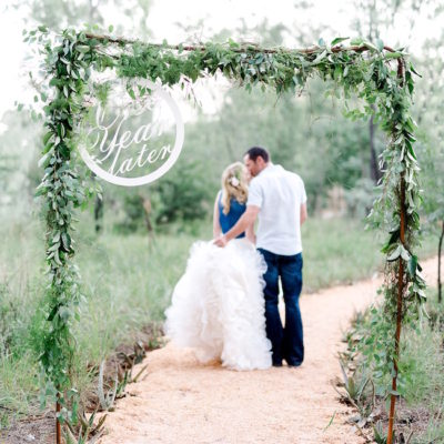 Perfect First Wedding Anniversary Photo Shoot {Damor Photography}