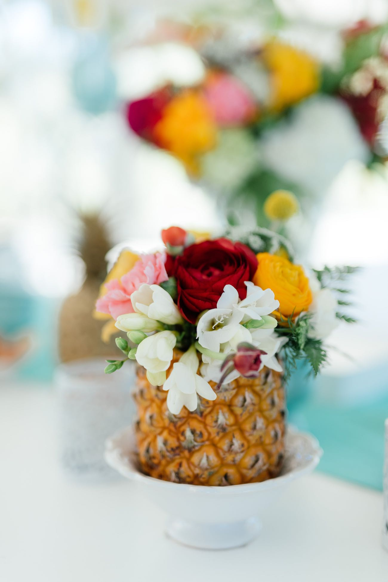 Pineapple Wedding Flower Centerpieces Click For The Most Absolutely Gorgeous Tropical Ideas Ever